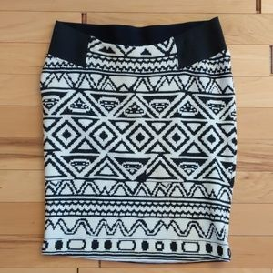 A Pea in The Pod Aztec Skirt